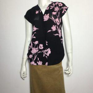 Áo-kiểu-nữ-thun-phối-vải-hiệu-I.N.C-không-tay-cổ-chữ-V-họa-tiết-hoa-màu-đen-size-P-chính-hãng