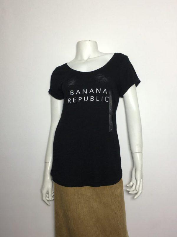 Áo-kiểu-thun-nữ-hiệu-Banana-Republic-cổ-tròn-tay-ngắn-màu-đen-size-M-chính-hãng