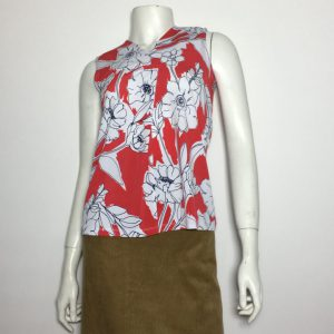 Áo-kiểu-thun-nữ-hiệu-DKNY-không-tay-cổ-chữ-V-màu-đỏ-họa-tiết-hoa-size-XS-chính-hãng