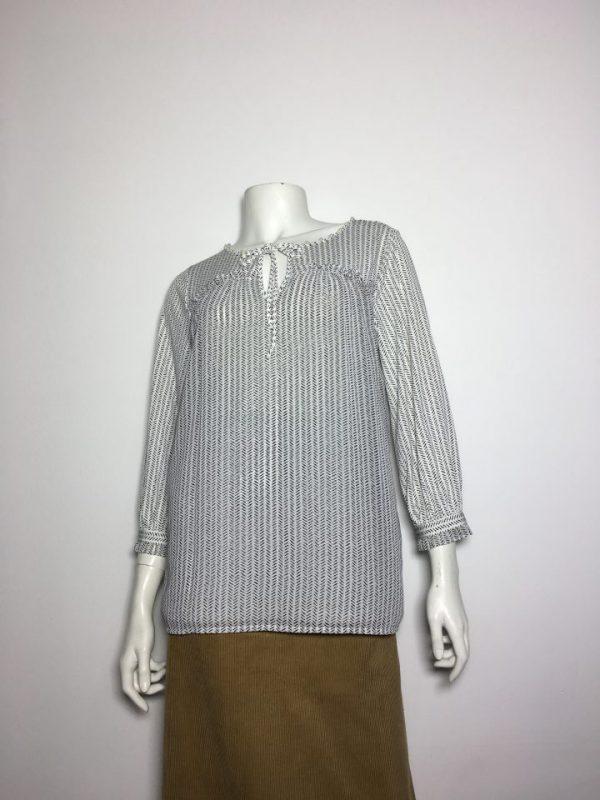 Áo kiểu thun nữ hiệu Karllagerfeld tay dày cổ thắt nơ màu trắng sọc đen size XS chính hãng