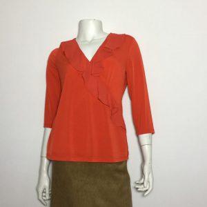 Áo kiểu thun nữ hiệu Karllagerfeld tay dày cổ trái tim màu đỏ size XS chính hãng