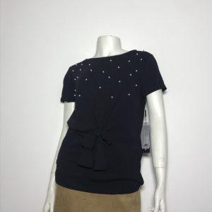 Áo-kiểu-thun-nữ-hiệu-Karllagerfeld-tay-ngắn-cổ-tròn-màu-đen-có-đính-hạt-cườm-size-XS-chính-hãng