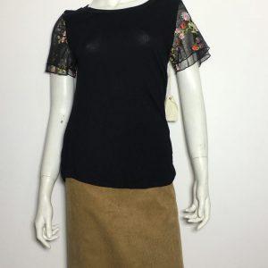 Áo-kiểu-thun-nữ-hiệu-Willow-cổ-tròn-tay-ngắn-2-lớp-thêu-ren-có-họa-tiết-hoa-size-S-chính-hãng