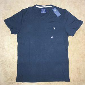 Áo-thun-nam-AbercrombieFitch-cotton-cổ-bẻ-tay-ngắn-màu-đen-size-SM-chính-hãng