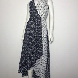 Đầm-dài-dự-tiệc-nữ-hiệu-Calvin-Klein-bằng-vải-voan-xẻ-ngực-không-tay-chân-váy-đuôi-tôm-size-12P-chính-hãng