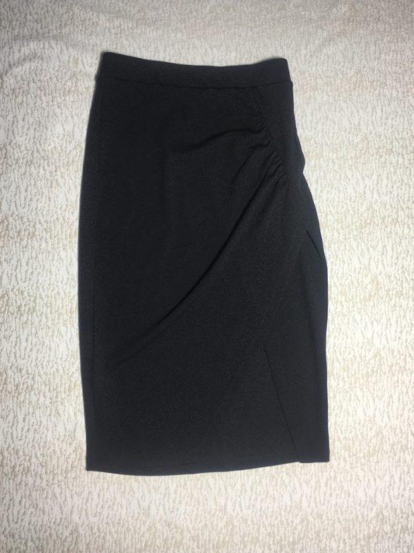 Chân-váy-công-sở-nữ-thun-xẻ-đùi-trước-cao-cấp-hiệu-BCBG-màu-đen-size-XS-chính-hãng
