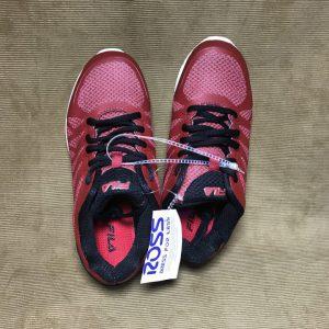 Giày-thể-thao-bé-trai-hiệu-Fila-màu-đỏ-size-4-chính-hãng