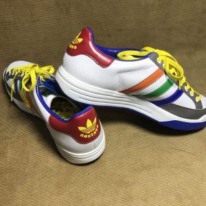 Giày-thể-thao-nam-hiệu-Adidas-màu-trắng-size-10-chính-hãng