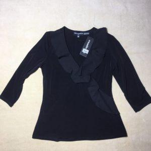 Áo-kiểu-thun-nữ-hiệu-Karllagerfeld-tay-dày-cổ-trái-tim-màu-đen-size-S-chính-hãng-trước