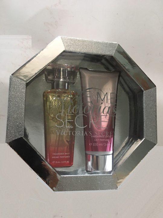 Sets-Fragrance-mist-75mlFragrance-lotion-100ml-Bộ-xịt-toàn-thân-và-sữa-dưỡng-thể-hương-nước-hoa-VS-Angel-3