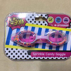 Kính-bơi-bé-gái-cao-cấp-cho-bé-từ-3-tuổi-hiệu-Lifeguard-màu-hồng-có-đính-hình-kẹo-xung-quanh-mắt-kính-hàng-xách-tay-mỹ-Lifeguard-sprinkle-candy-goggle