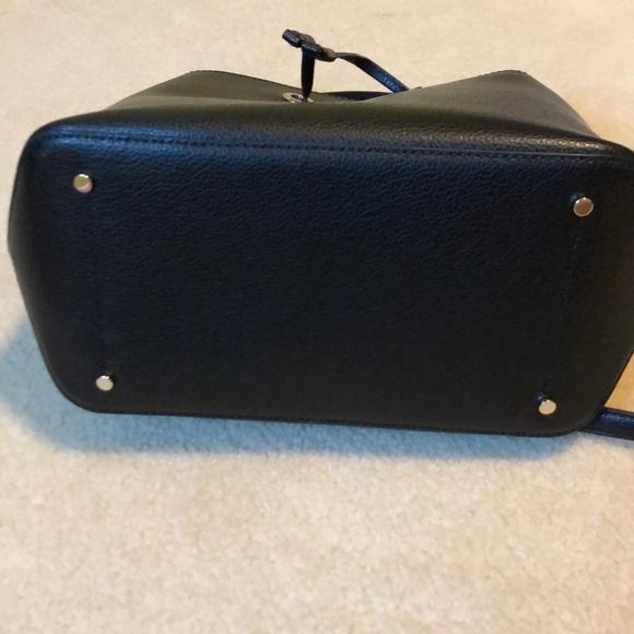 Tui-deo-cheo-nu-Kate-Spade-New-York-da-eva-mau-den-size-lon-2020-Kate-Spade-New-York-eva-large-bucket-bag-authentic-4